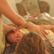 Mujer tras parto natural